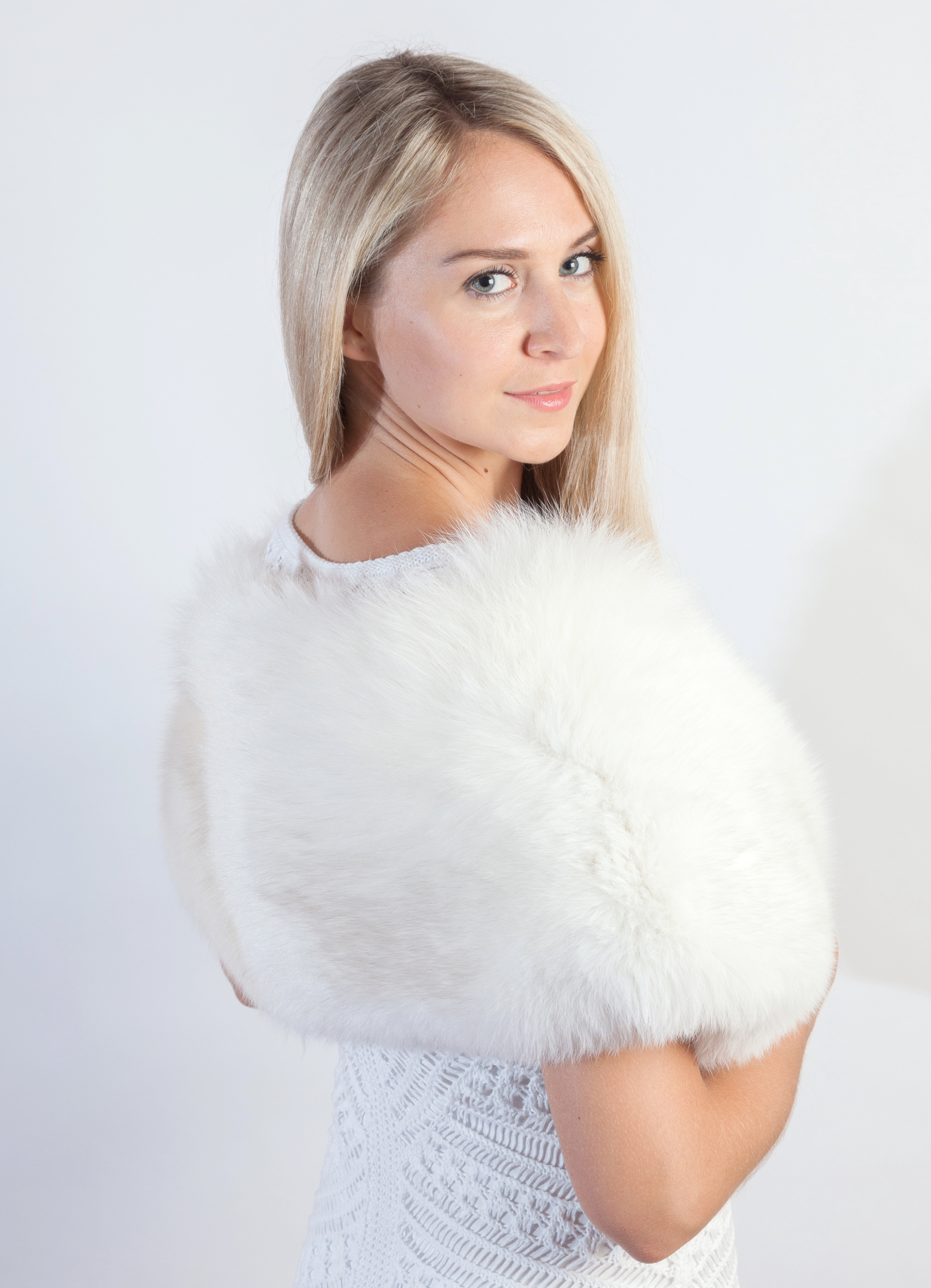 watch 65fcb 3200c La stola in pelliccia di volpe naturale per un matrimonio ...